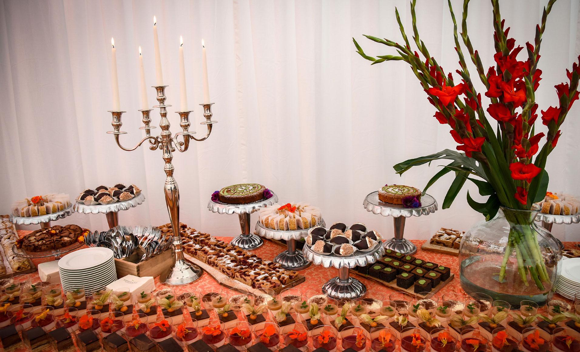 Buffet Di Dolci Di Natale : Organizzare un buffet ed uscirne vivi mamme in cucina e dintorni